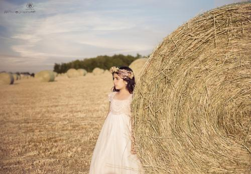 girl by the hay stack